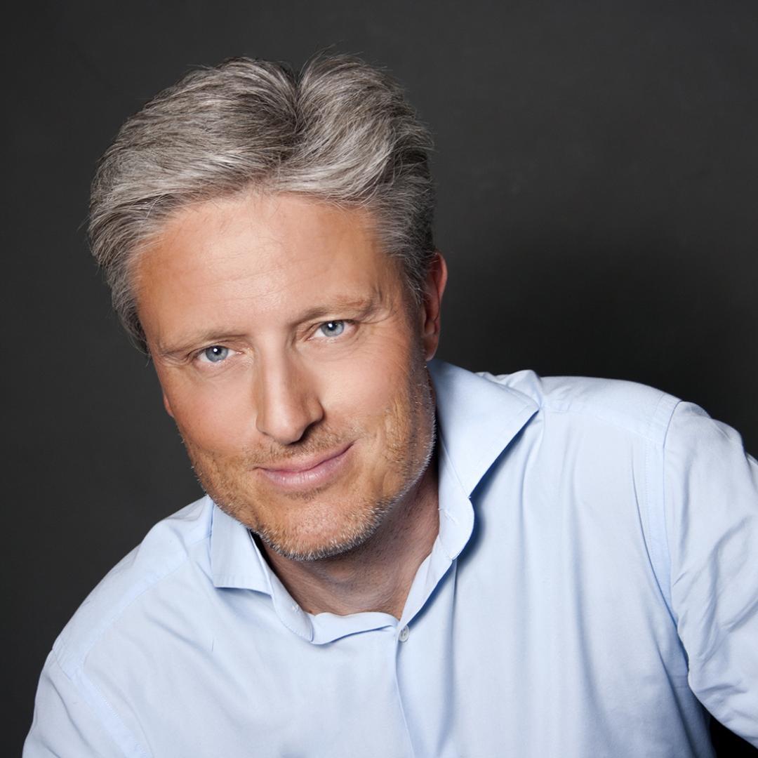 Florian Scheuba: Folgen Sie mir auffällig